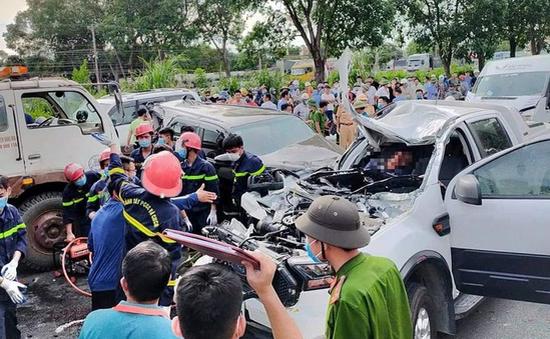 9 xe ô tô tông nhau liên hoàn, 1 người tử vong