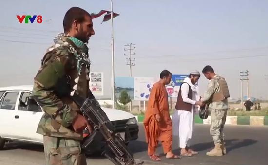 Cảnh báo nguy cơ  khủng bố IS đang đổ dồn về Afghanistan