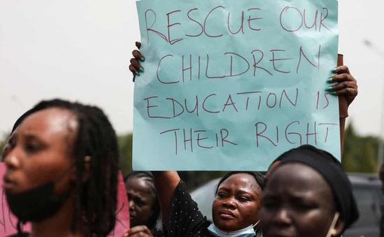 Lại xảy ra bắt cóc hàng trăm học sinh tại Nigeria