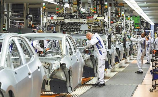 BMW và Volkswagen bị phạt 1 tỷ USD