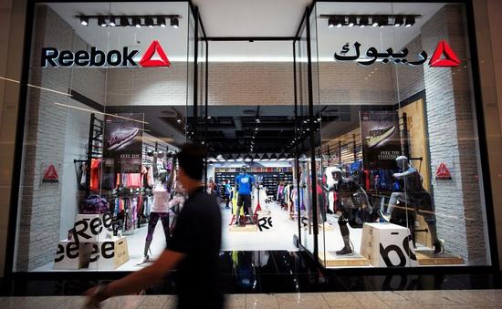 Adidas bán Reebok sau 15 năm gắn bó