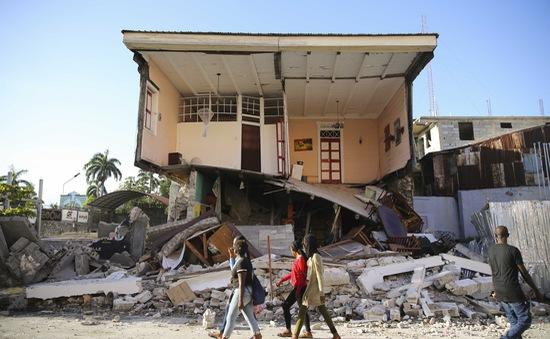 Động đất tại Haiti: Số nạn nhân thiệt mạng tăng lên hơn 300, hơn 1.800 người bị thương và mất tích