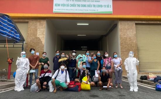 3.800 bệnh nhân COVID-19 tại Bệnh viện Dã chiến số 3 TP. Hồ Chí Minh đã được xuất viện