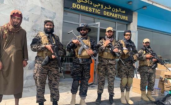 Taliban kiểm soát sân bay Kabul
