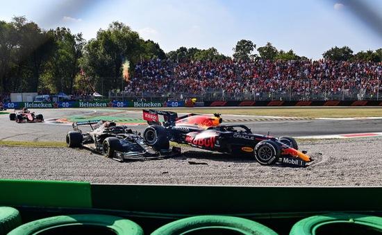 Max Verstappen bị trừ 3 bậc tại vạch xuất phát GP Nga