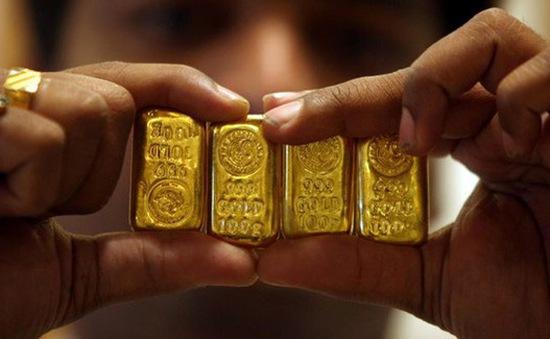 Giá vàng thế giới trượt khỏi mốc 1.800 USD/ounce