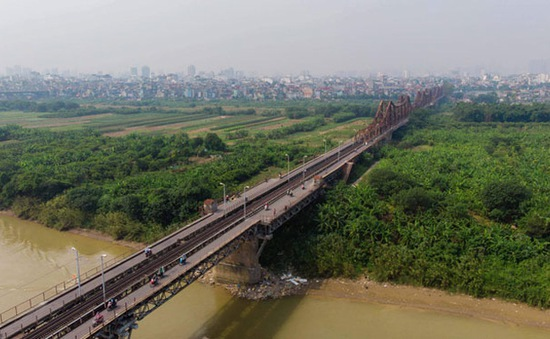 Kiến nghị chỉ rõ quỹ đất xây dựng đô thị hai bên sông Hồng