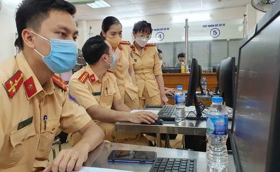 Phòng CSGT Hà Nội đã cấp hơn 20.000 Giấy đi đường