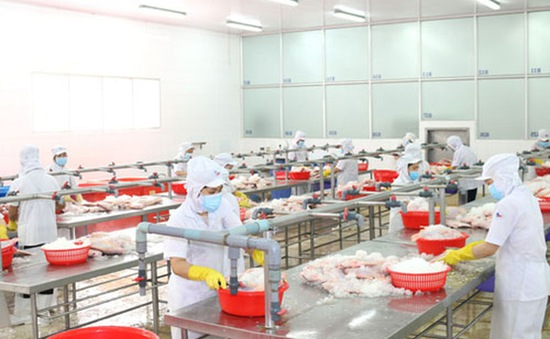 Ưu tiên kiểm soát dịch bệnh, từng bước khôi phục sản xuất, kinh doanh