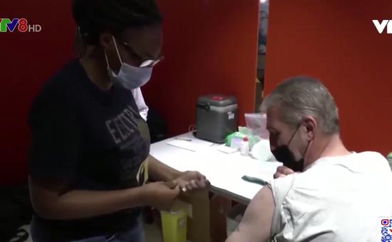 WHO kêu gọi các nước giàu tạm ngừng tiêm mũi thứ 3 vaccine ngừa COVID-19