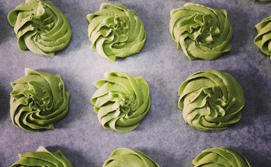 5 bước làm bánh quy bơ trà xanh thơm ngon