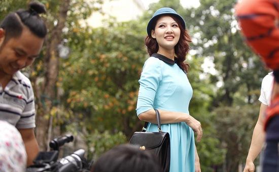 HH Trần Thị Quỳnh xinh xắn trên trường quay S Việt Nam