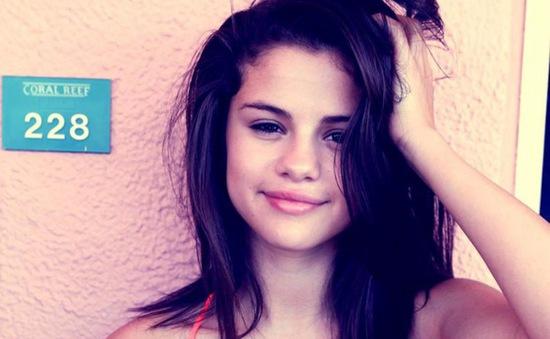 Selena Gomez không nổi tiếng nhờ mối quan hệ với Justin Bieber