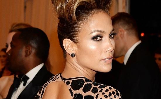 Vừa chia tay bạn trai, Jennifer Lopez đã sẵn sàng cho quan hệ mới