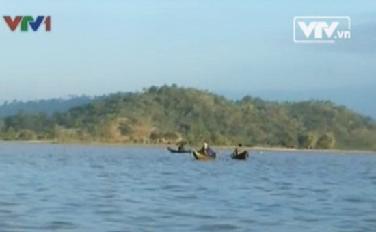 Buôn cổ của người M'Nông ven hồ Lăk