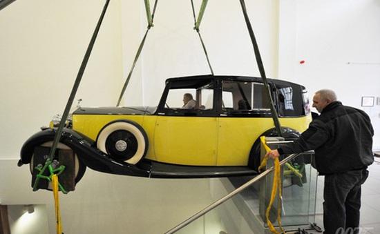 """Khai mạc triển lãm siêu xe trong """"Điệp viên 007"""""""