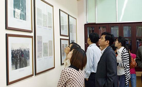 """Trưng bày """"60 năm Âm vang Điện Biên"""" tại Hà Nội"""