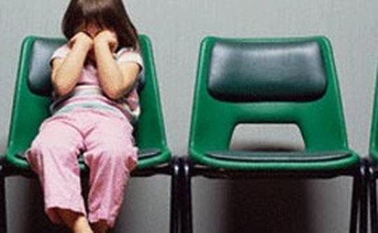 Cách thu hút sự tập trung của trẻ tự kỷ