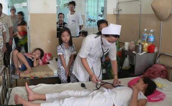 6 lưu ý mẹ cần nhớ khi chăm sóc con bị sốt xuất huyết