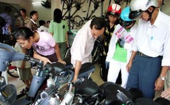 Áp dụng Thông tư 15, người mua-bán xe máy điện đều gặp khó