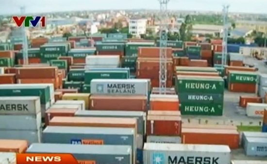 Ùn ứ hàng hóa tại cảng Hải Phòng do cân tải trọng