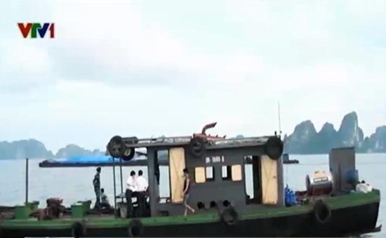 Vùng Cảnh sát Biển 1 bắt giữ tàu chở 17.000 lít dầu FO trái phép