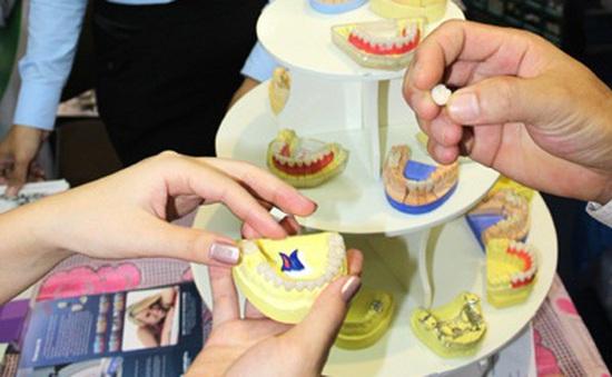Hà Nội: Hội nghị khoa học răng hàm mặt quốc tế lần 7