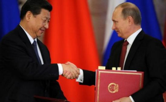 Trung Quốc mua gần 2 tỷ USD vũ khí Nga