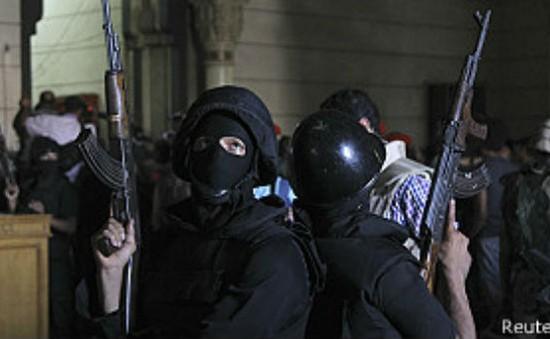 An ninh Ai Cập giành quyền kiểm soát đền thờ Al-Fateh