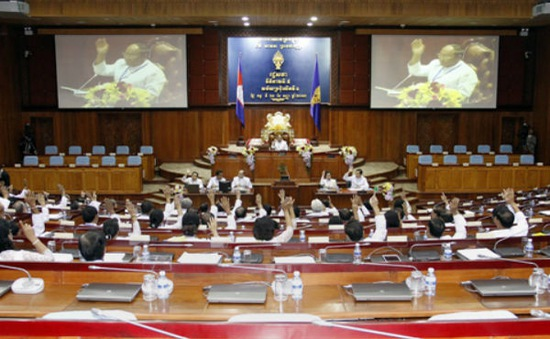 Ông Heng Samrin được bầu làm Chủ tịch Quốc hội Campuchia