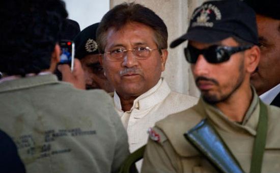 Cựu Tổng thống Pakistan bị bắt lại