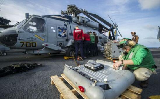 Tàu chiến Mỹ cập cảng Philippines trợ giúp nạn nhân bão Haiyan