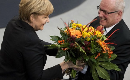 Quốc hội Đức tái bầu bà Merkel làm Thủ tướng