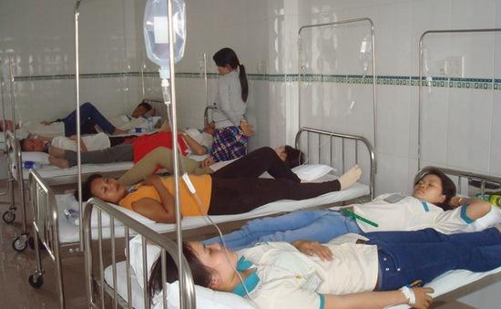 Hậu Giang: Hàng loạt công nhân nhập viện vì ngộ độc