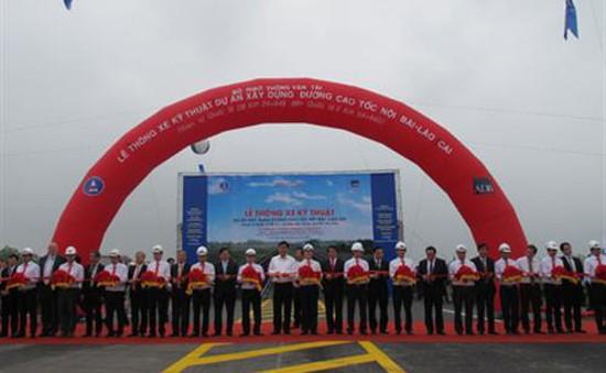 Thông xe kỹ thuật đường cao tốc Hà Nội – Lào Cai