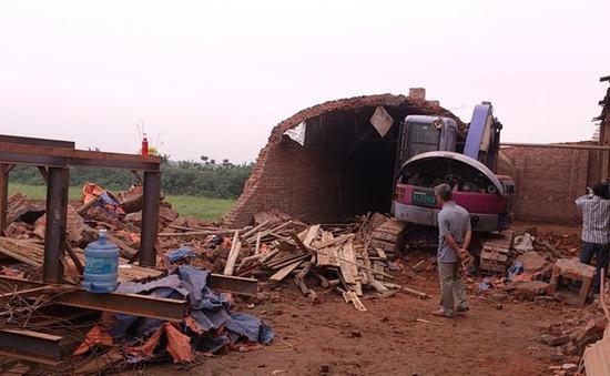 Hà Nội: Nguy cơ tai nạn lao động tại các lò gạch tư nhân