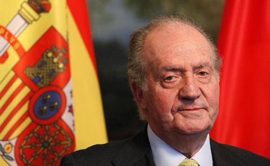 Nhà Vua Tây Ban Nha thoái vị