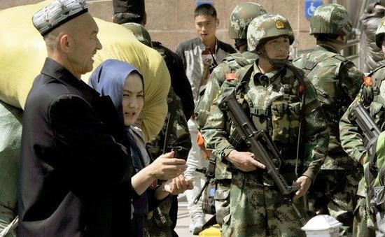 Trung Quốc bắt giữ gần 400 người tại Tân Cương