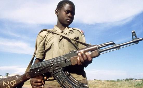 LHQ cảnh báo thực trạng trẻ em tham chiến