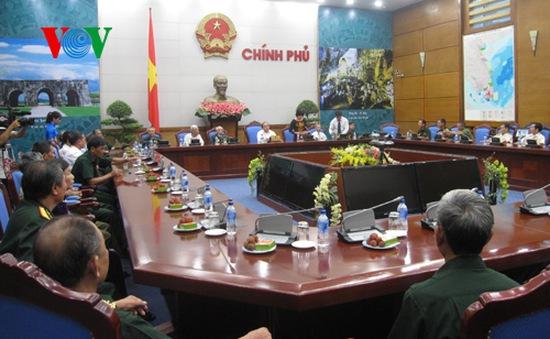 Phó Thủ tướng Nguyễn Xuân Phúc tiếp đoàn người có công tỉnh Lào Cai