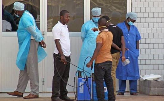 Dịch Ebola bùng phát mạnh ở châu Phi