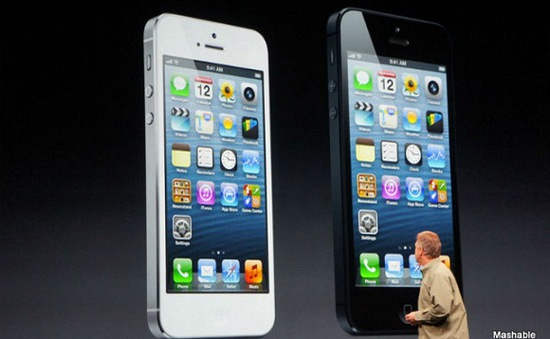 """iPhone """"mất điểm"""" trong mắt khách hàng Mỹ"""