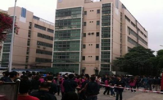 Foxconn phủ nhận thông tin công nhân tự tử để biểu tình