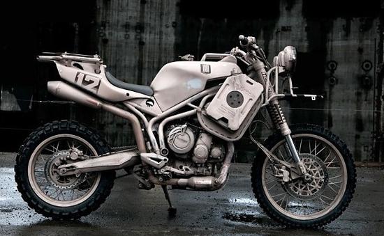 Triumph Tiger 800XC – Đi ngược lại mọi khái niệm