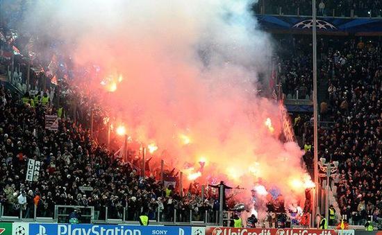 """P/s Ảnh: Champions League """"nóng"""" giữa mùa đông châu Âu"""