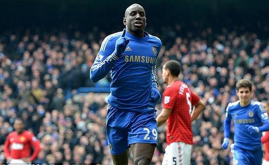"Chelsea sẽ ""sang tay"" Demba Ba cho Arsenal?"