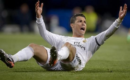 Chung kết Cup nhà Vua: CR7 chắc chắn vắng mặt, Real vẫn tự tin hạ được Barca