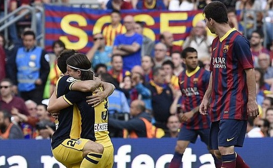 Barcelona 1-1 Atletico Madrid: Nou Camp đón chào ông vua mới của La Liga