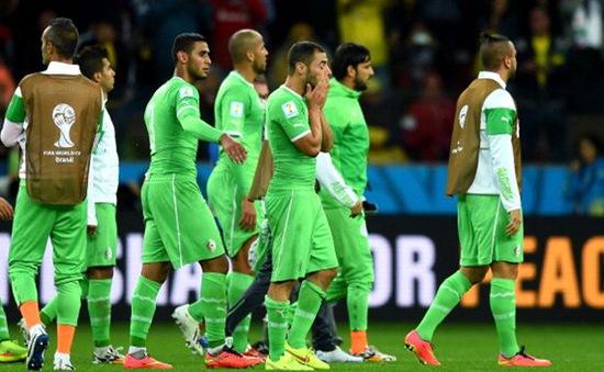 """Algeria khiến Ghana, Nigeria """"bẽ mặt"""" với quyết định làm từ thiện toàn bộ tiền thưởng World Cup"""