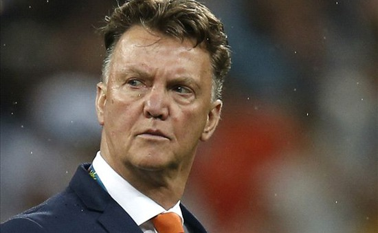 Hậu World Cup, HLV Van Gaal lập tức bắt tay vào công việc tại Old Trafford